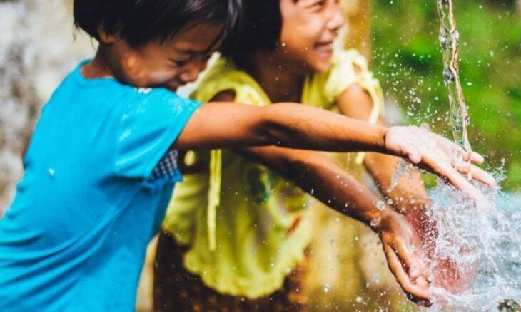 Crianças brincando / Foto: OMS
