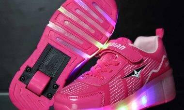 tênis de rodinha