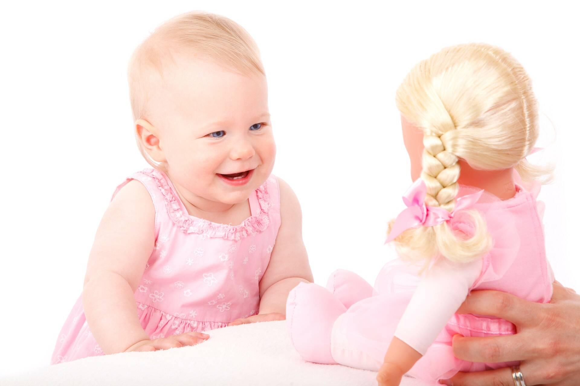 Pesquisa mostra que brinquedos de plástico fazem mal às crianças e ao planeta