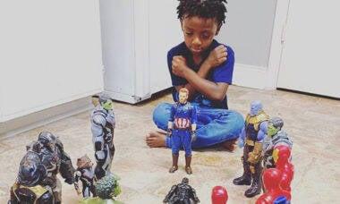"""Crianças se despedem de """"Pantera Negra"""""""