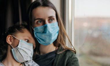 Sistema imunológico das crianças reage melhor contra covid-19 no início da infecção