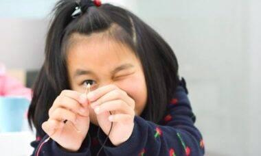 Curso gratuito incentiva meninas em fase escolar a se interessarem por Ciência