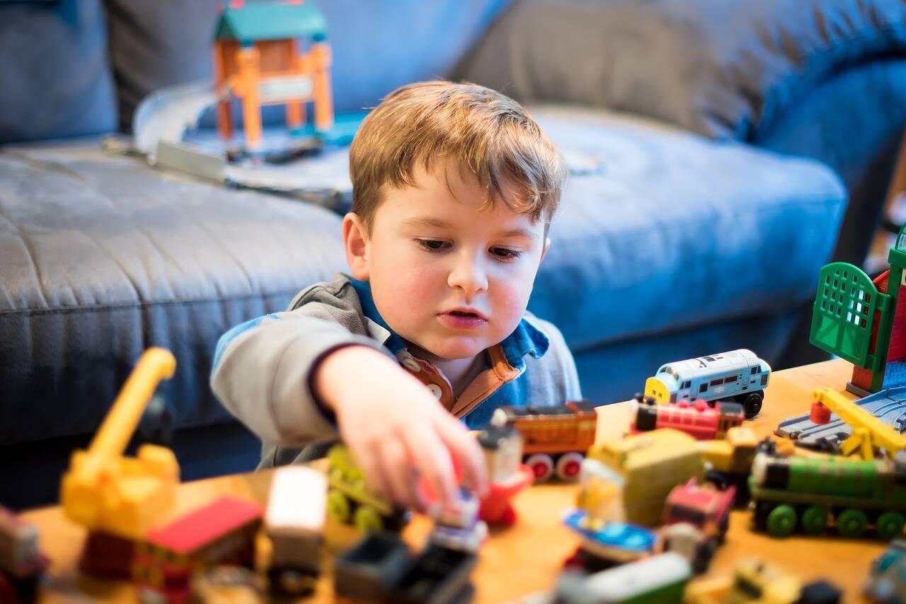 Mãe cria site para alugar brinquedos que os filhos não usam mais