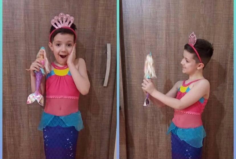 Mãe mostra filho usando fantasia de sereia e fotos viralizam na internet